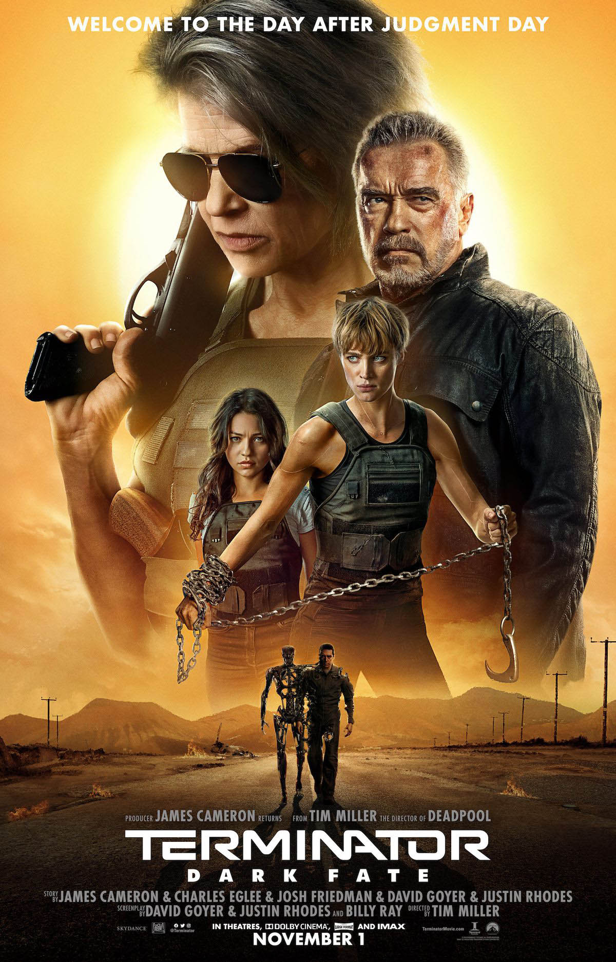Sarah Connor has returned from far away, and she's gearing up with a team of agents who will fight against T-1000.